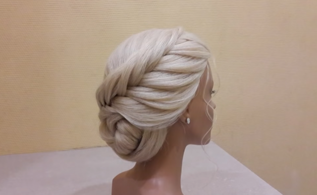 Course on hairstyles.Beautiful hairstyles.